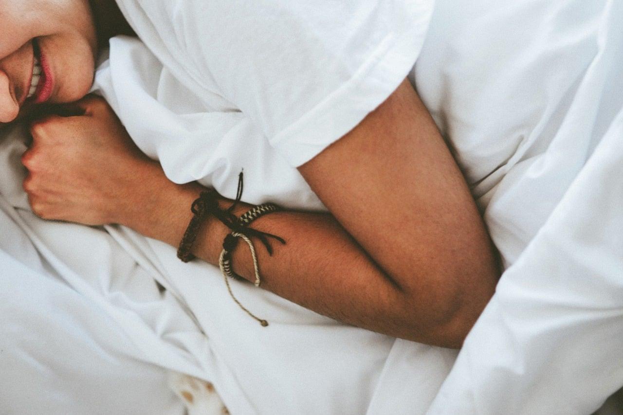 Quel oreiller pour dormir sur le ventre